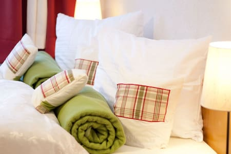 Budget & Cozy rooms bed n breakfast - Bichlbach