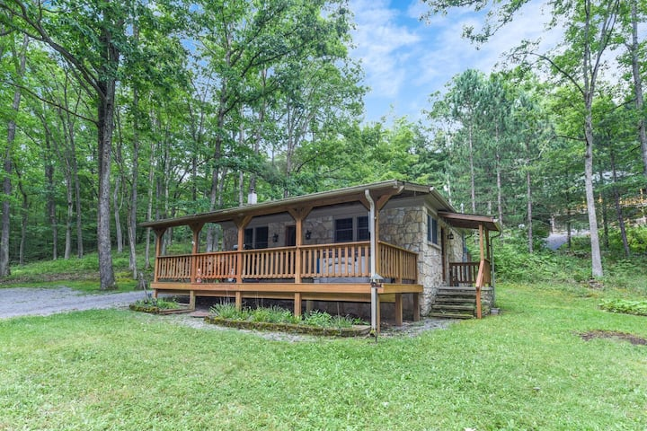 DOGS WELCOME! Lake Area Home w/Hot Tub, 2 Fireplaces, & Fire Pit!