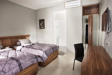 Setra Priangan Guest House - Sukajadi