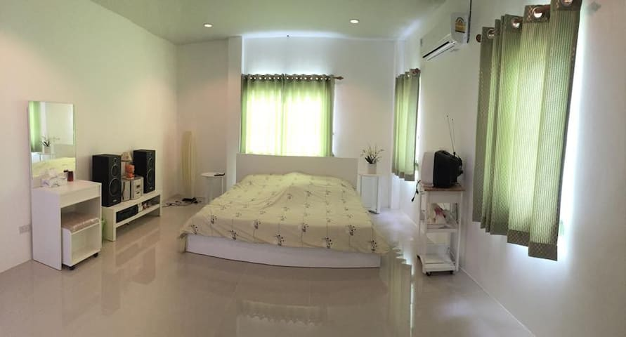 Lovely House in Pranburi - Tambon Khao Noi - House