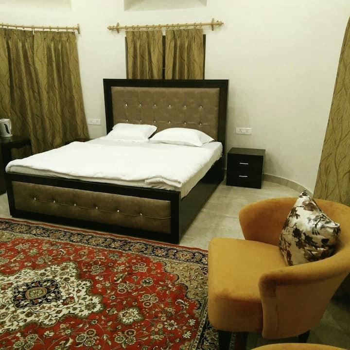 Heritage Terrace Suite No : 4