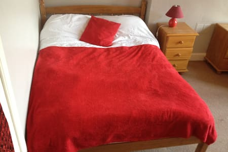 Bright Large Double bedroom/Sitting room - Edimburgo - Bed & Breakfast