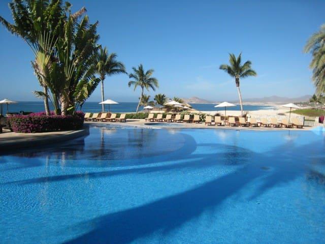 Luxury 1BD Beachfront with WIFI - Cabo San Lucas - Apartment