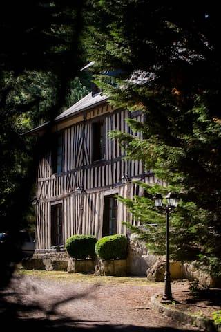 Chambre au Petit Manoir