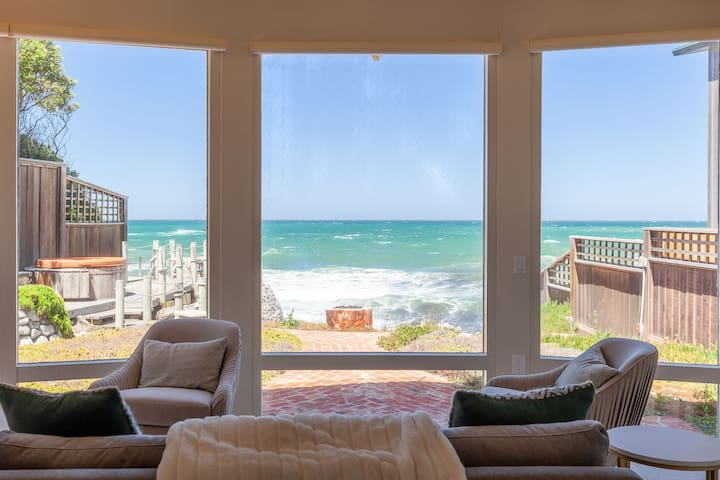 Your window to the majestic Pacific Ocean