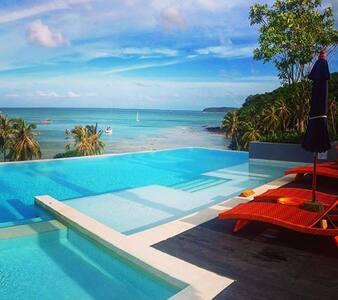 Modern Paradise w/ Infinity Pool - Wichit