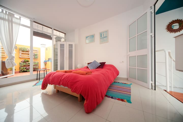 Beautiful top floor, city views - Siviglia - Appartamento