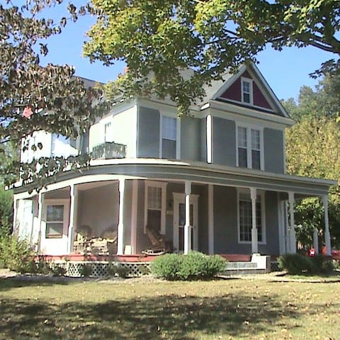 1 room B&B in south central KY - Burkesville