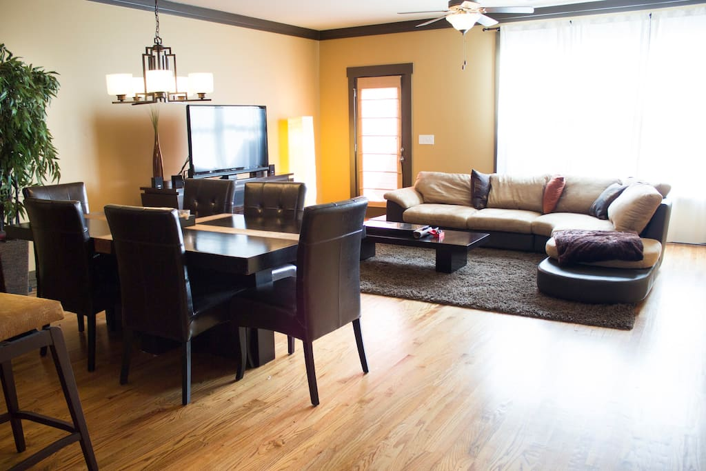 Your spacious 2nd floor Dining Room & Living Room perfect for entertaining & gathering.