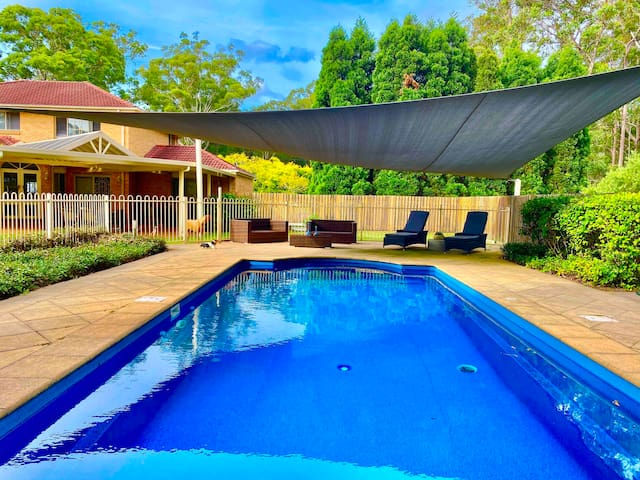 4 Beds Private Peaceful Bush Setting