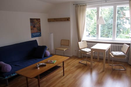 Rooftop-studio with 2rooms/kitchen - Werder