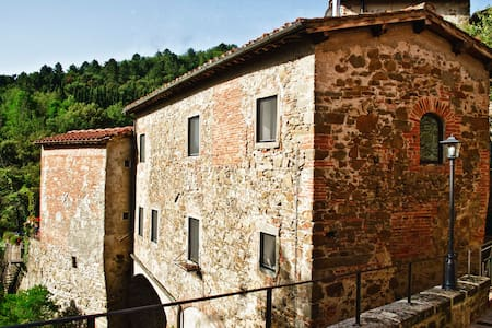 Charming old mill -Chianti Classico - Figline Valdarno - Ház