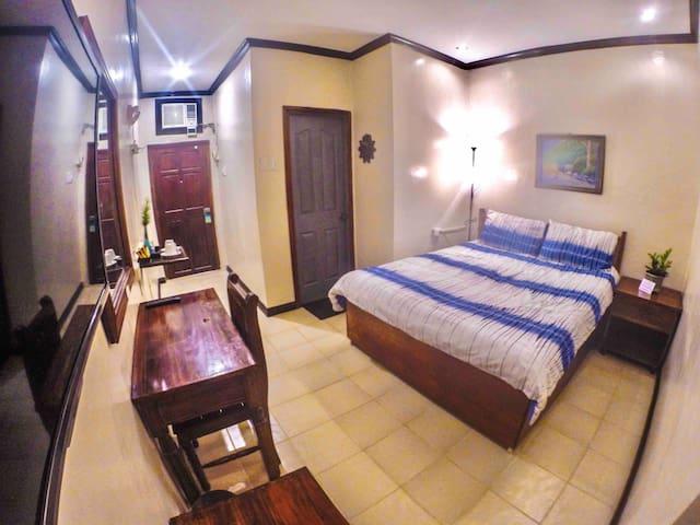 Coron Residencia de Rosario - Deluxe Room 102
