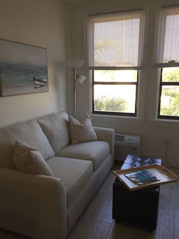 EnJoy: King Bed-Bedroom Suite at PB Hotel & Condo