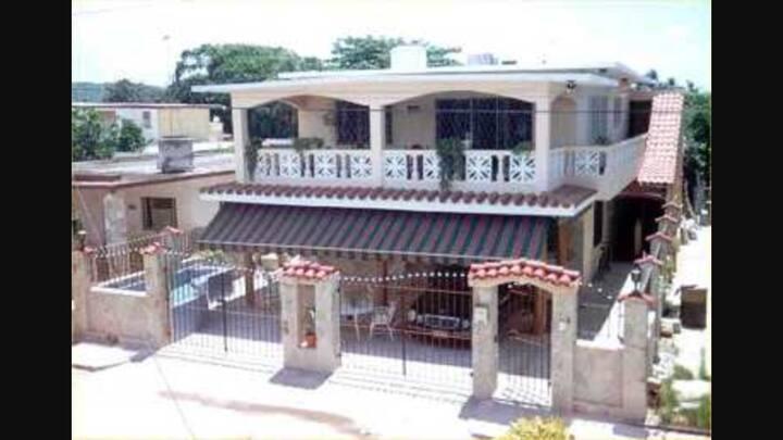 Villa Naranja Guanabo Beach