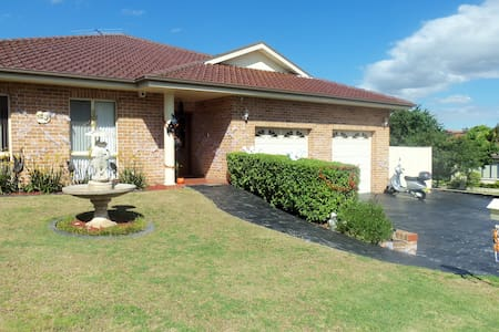 Sydney Home in the Hills Garden Shire - Kellyville