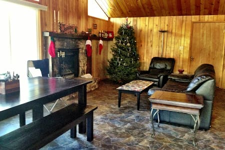 Cozy 1bd/1bath 3 miles from Mt High - Wrightwood