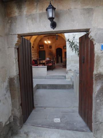 Yvonne's grotwoning in Cappadocië - Uçhisar