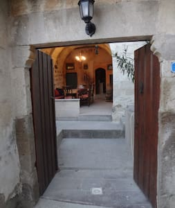 Room type: Entire home/apt Property type: Cave Accommodates: 6 Bedrooms: 3 Bathrooms: 2