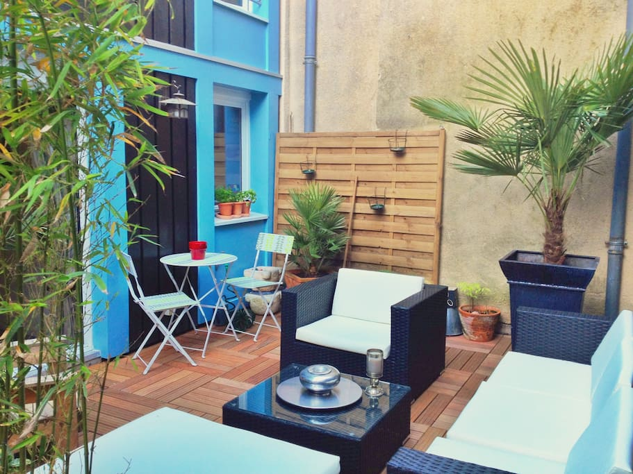 Charming duplex heart of bordeaux flats for rent in for Duplex bordeaux
