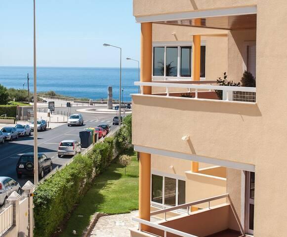 Modern & Spacious Apartment w/pool