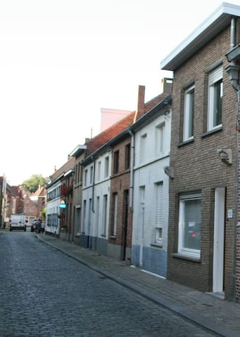 Charming, practical Holiday House - Bruges - Townhouse