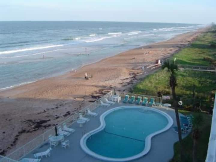 Direct Beachfront Ormond by the Sea