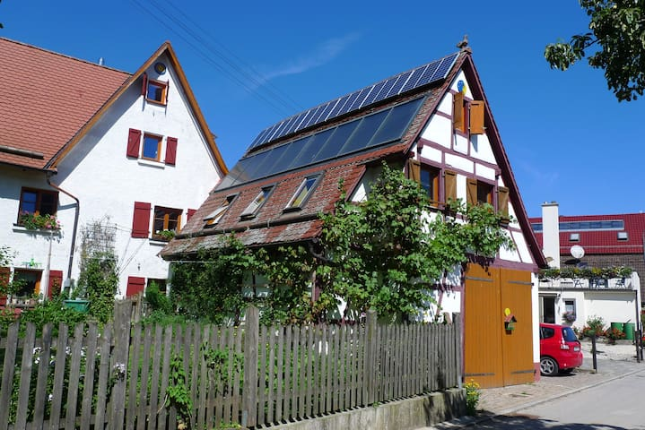 """Julis Garten"" country apartment - Pommelsbrunn - Apartment"
