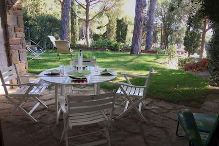 Villa per stare al mare e in relax nel verde - Castiglione della Pescaia - Vila