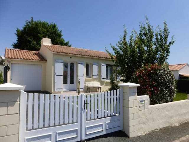 LANDEVIEILLE - 5 pers, 65 m2, 3/2