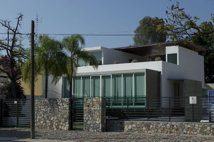Nimue luxury Home