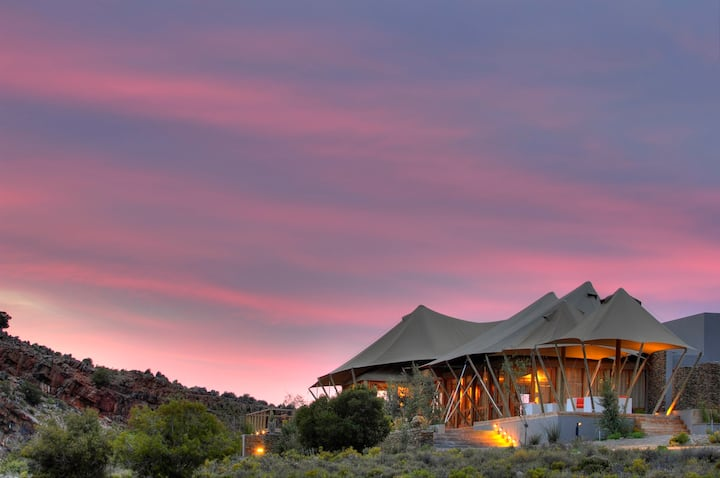 Luxury Tented Suite at Dwyka Tented Lodge