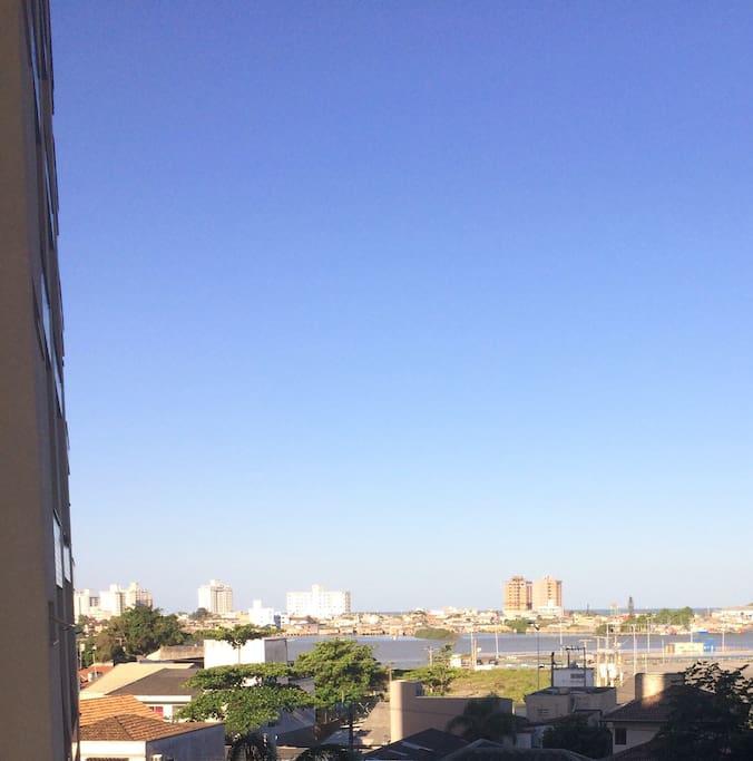 Vista da sacada da sala (Rio e Mar).