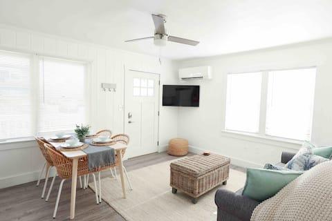 Refreshing 1-Bedroom Retreat in Ocean City