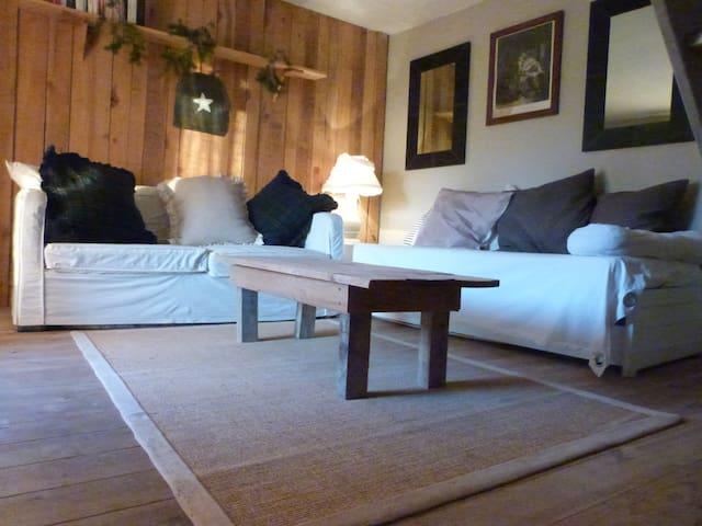 Maison avec piscine - Laval-Roquecezière - Casa