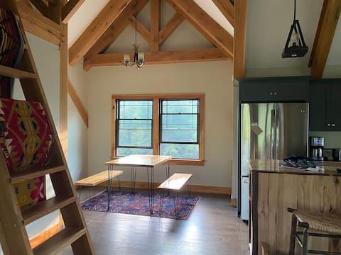 Timber-frame Adirondack Retreat