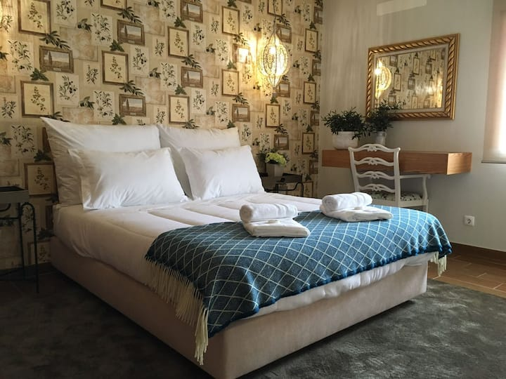Casa da Aldeia da Lapa B&B - Olive Room