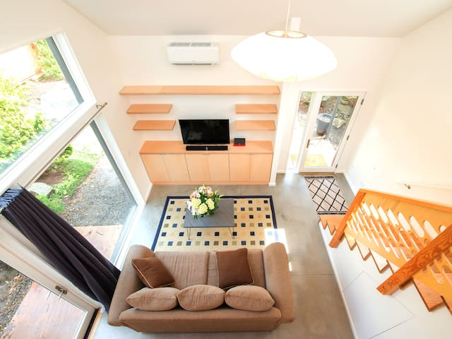 Modern Hawthorne Guesthouse - Close to Everything