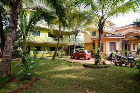Sunshine Park Homes - Colva Beach, Deluxe STUDIO 6 - Güney Goa - Daire