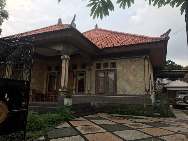 Liez House