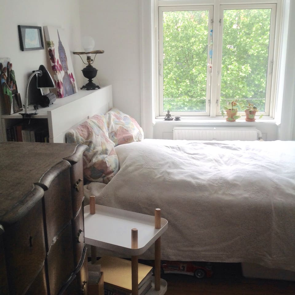Nice and bright room with good bed. Size of the bed 160 x 200 cm.