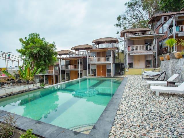 [Tree House Villa] Cool Staycation Room at Benoa