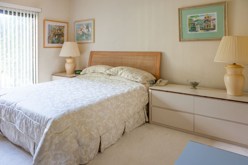 Second Bedroom (both bedrooms with King Bed, own Bathroom & 2 sinks) - King Bed