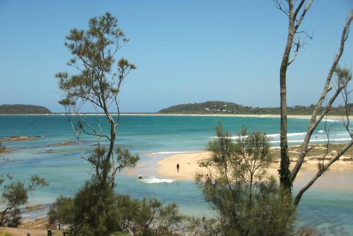 Australian beach and bush heaven