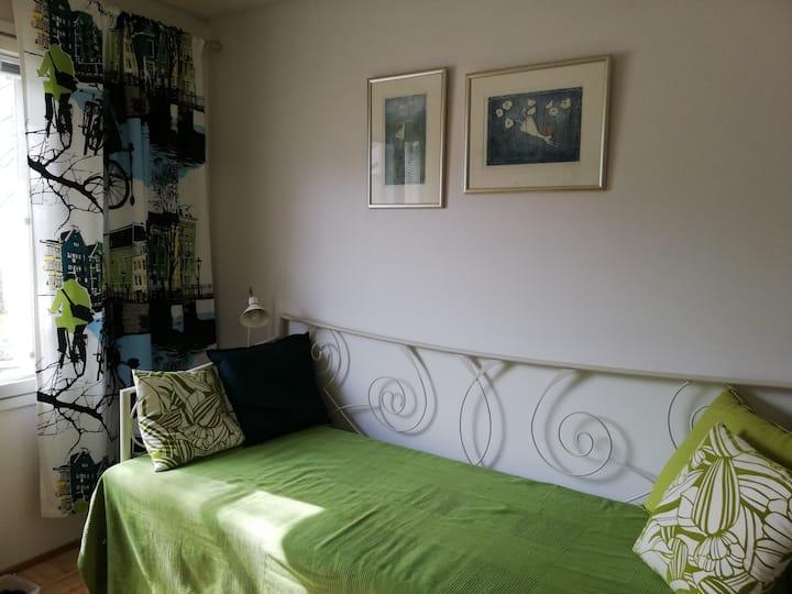 Nice room in idyllic Pispala