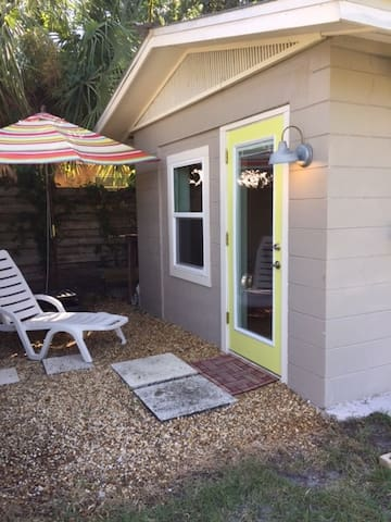 Cozy private guesthouse in the heart of Sarasota, - Sarasota - Guesthouse