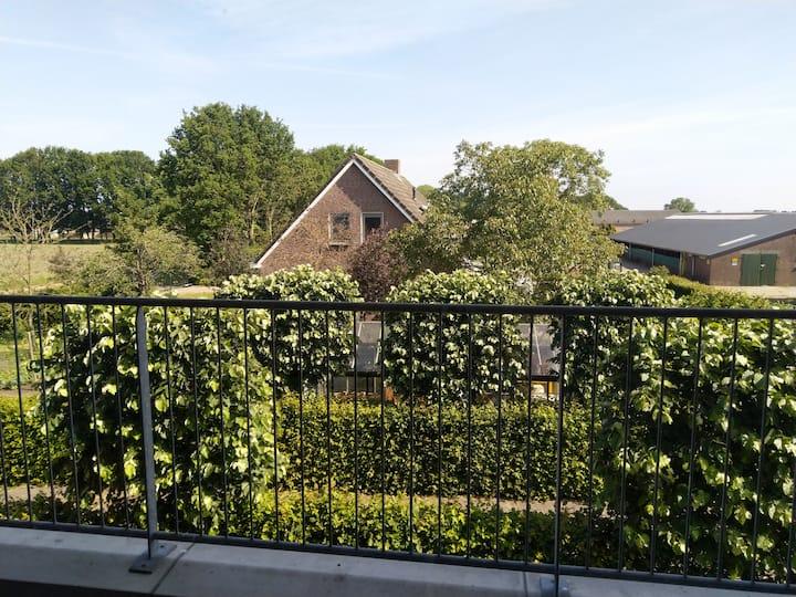 Mooi 2-Persoons appartement Boerderijzicht in Reek
