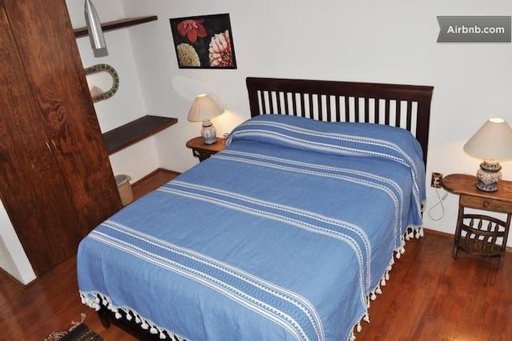 Authentic b & b room, Coyoaca Dalia - เม็กซิโกซิตี้ - ที่พักพร้อมอาหารเช้า