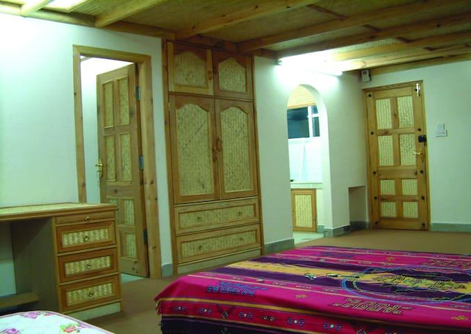 Nier's Cottage (1 room) - Karyabinayak - Pension