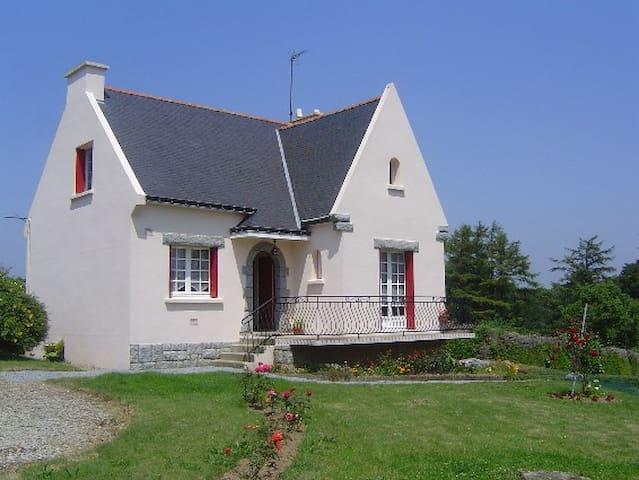 Maison néo bretonne indépendante - Pluméliau - Casa